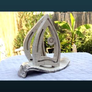 Sculpture SC117 – Bateau raku blanc