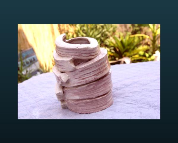 mimo-tseme sculpture rond grès blanc et rose
