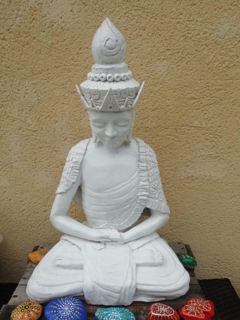 mimo-tseme sculpture bouddha